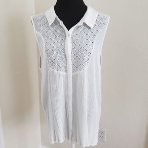 Bobeau Sleeveless Eyelet Top
